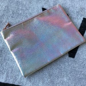 Adorable Pebbled Iridescent Clutch with RG Hrdwr